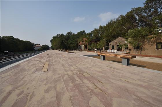 国内离海最近火车站即将竣工通车 秦皇岛港百年工业区转型华丽启幕文代会